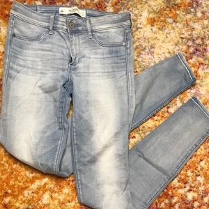 Like New! Abercrombie and Fitch Jeans